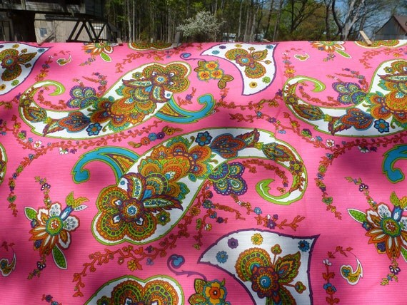 Vintage 60s Fabric Yardage Psychedelic Paisley M. Lowenstein & Sons