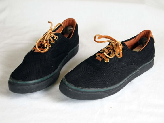 vintage bass black canvas sneakers deck shoes in a womens