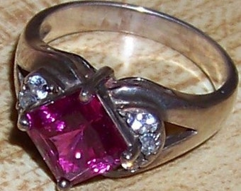 Vintage Sterling Silver Ring with Raspberry Pink and Clear CZ Stones