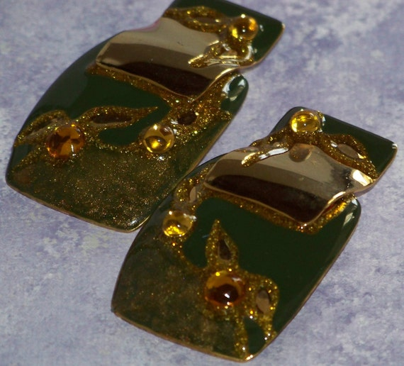 Vintage Goldtone With Autumn Green Enamel and Golden Cabachons Pierced Earrings