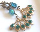 Emerald Green and Turquoise Deco Style Vintage Glass Drop Earrings ..  glass drop earrings, vintage glass earrings, estate
