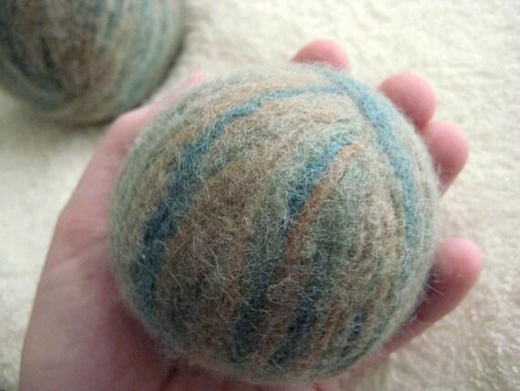 Set of 2 Earthy Wool Dryer Balls