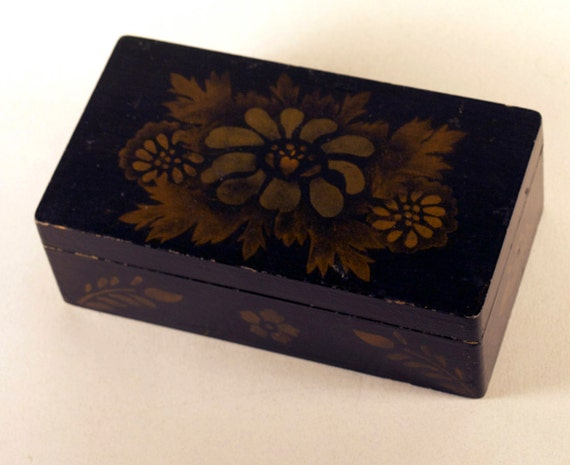 Vintage Wood Box with Toleware design for small keepsakes and treasures - REDUCED Price
