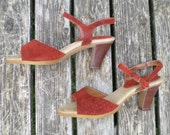 RESERVED for Andrea. vintage sandals in rust suede with stacked wood heels size 7.5