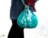 RECERVED -Shoulder bag, small, reversible. Emerald/Leaf Green.