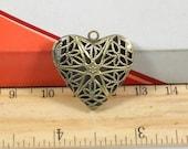 2 pcs 26x26mm Antique Bronze Brass Flowers Hearts Photo Lockets Charms Pendants Fc3134a1p15