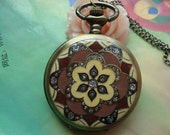 Large Antique Bronze Vintage Filigree Painted Coffee & Yellow Flowers with Diamond Jewel Round Pocket Watch Locket Pendants Necklaces Chains