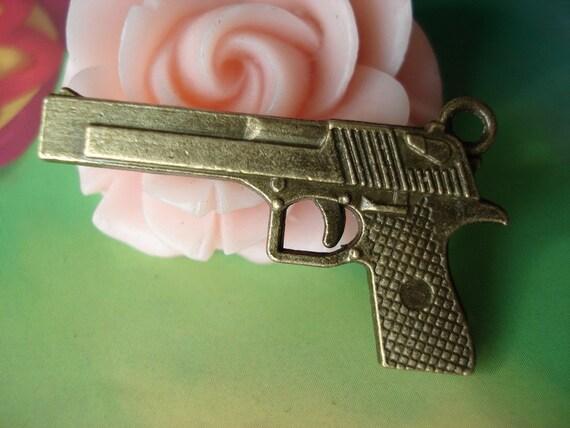 5 pcs 35x20mm Antique Bronze Brass Metal 3D Hand Guns handguns Pistols Charms Pendants f01600