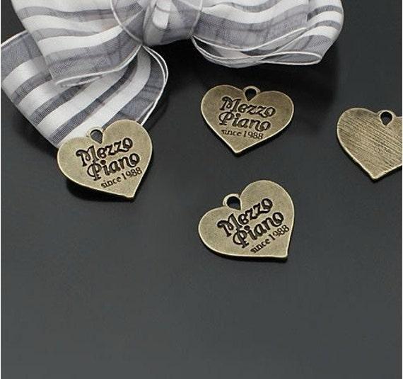 20 pcs 23x21mm Antique Bronze letters Signs Love Hearts Charms Pendants a3r18-22750