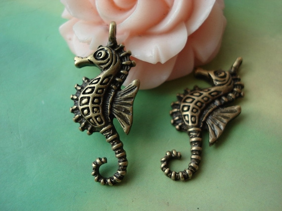 15 pcs 26x12mm Antique Bronze Oceans Seahorse Hippocampuss Charms Pendants a4r260