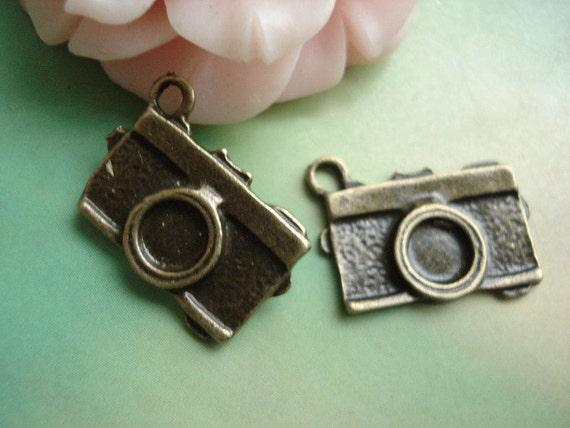 20 pcs 18x12mm Antique Bronze Cameras Charms Pendants 0800a0tg11819