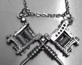 Crossing Tattoo Guns Necklace HFHID