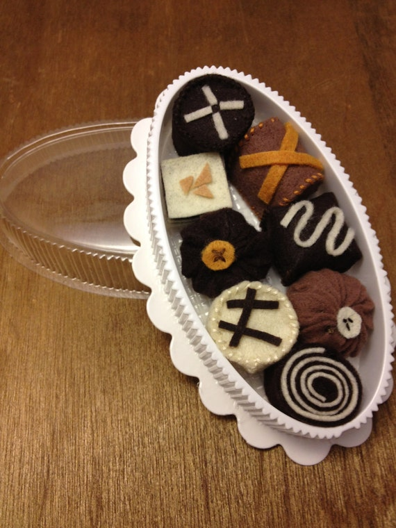 Felt Play Food - Box of Chocolates
