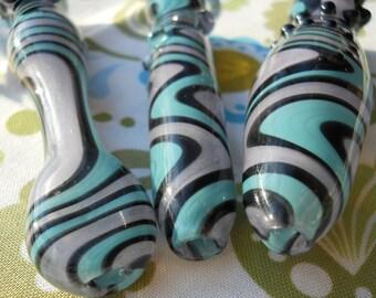 Hand Blown Glass Cigarette Holder - Inside Out - Lavendaqua