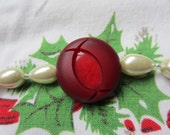 Christmas Bracelet, Red and Pearl - Vintage Button