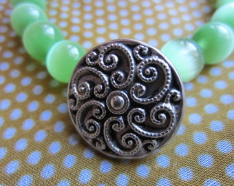 Vintage Button Bracelet, Limegreen and silver