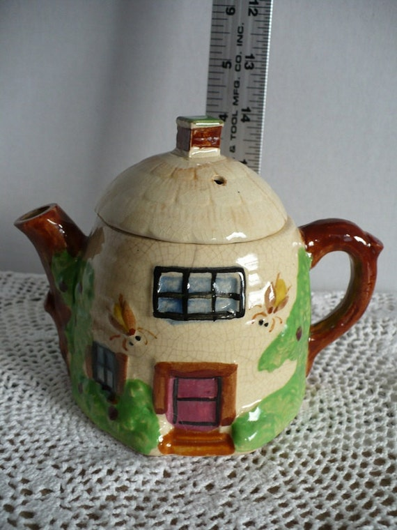 vintage Glazed Beehive Teapot serving collectible home decor