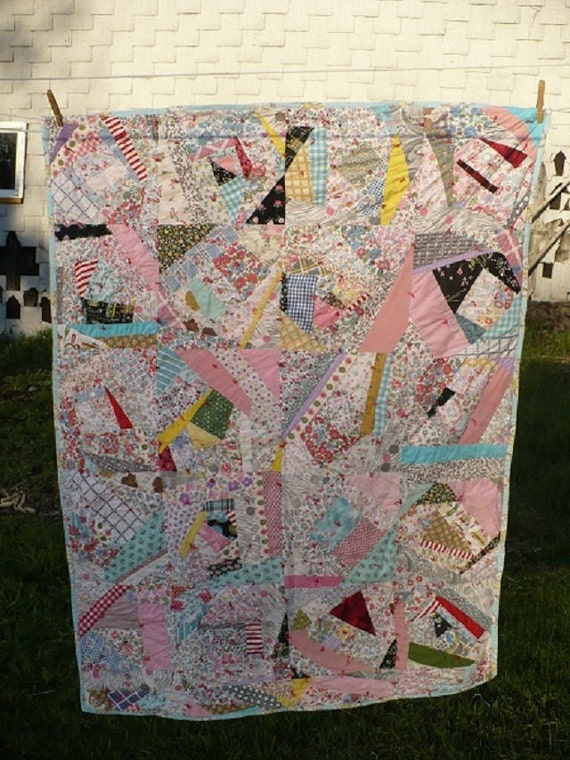 vintage Handmade Patchwork Quilt - Baby Toddler Crib Carriage blanket - Wall Hanging