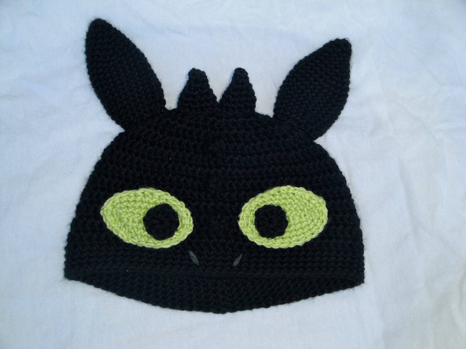 Knitting Pattern For Toothless Dragon : How to Train Your Dragon Toothless Hat by HeatherDoodleDesigns