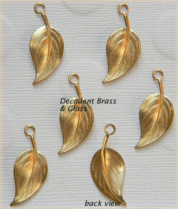 Raw Brass Vintage Style Curve Leaf Charm Pendant Drop Stamping - 6 pcs