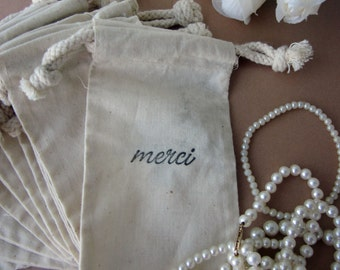 Wedding Favors, 10 Merci - French Style Script Cotton Favor Bags 3x5
