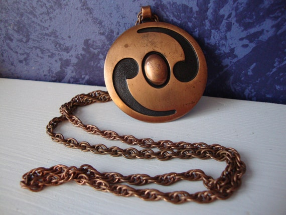 Vintage Copper By Bell Round Pendant Necklace