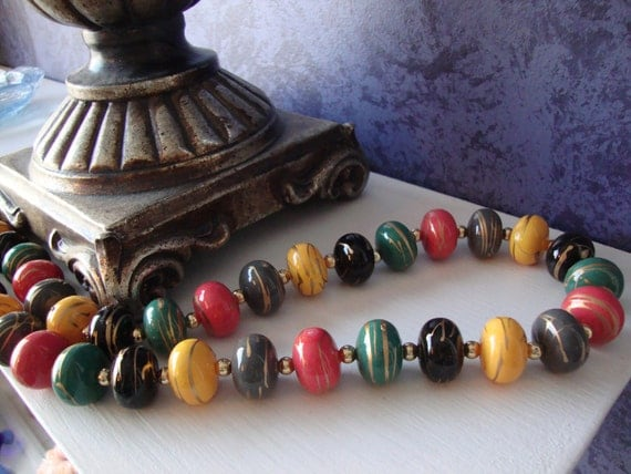 Vintage Colorful Chunky Beaded Necklace