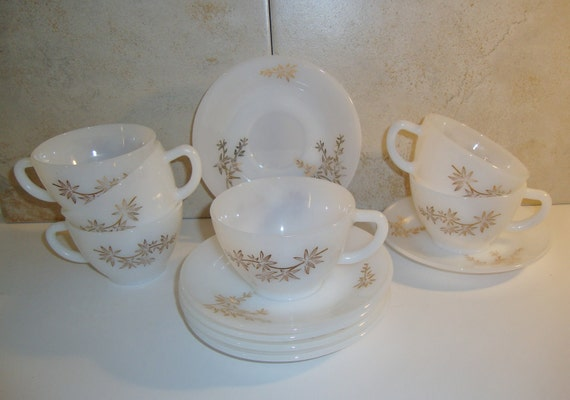 Vintage Federal Glass Golden Glory Cups and Saucers, Set of 6