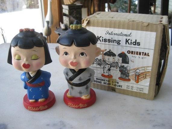 Vintage Pair of Asian Kissing Nodders in Original Box