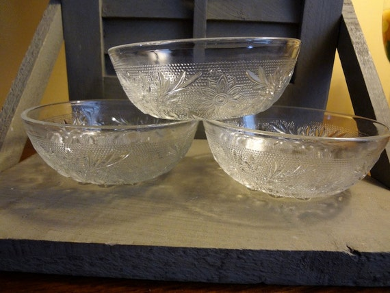 Three (3) Sauce Dishes Vintage 1950s Crystal Wedding Oats Glassware by Anchor Hocking in the Sandwich Pattern