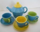 vintage 9 piece ceramic childs tea set blue green yellow