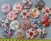 MK0043 set of 25pcs of mixed Floral paint Round 2 holes large wood Wooden buttons Pendants cabs Beads size 30mm