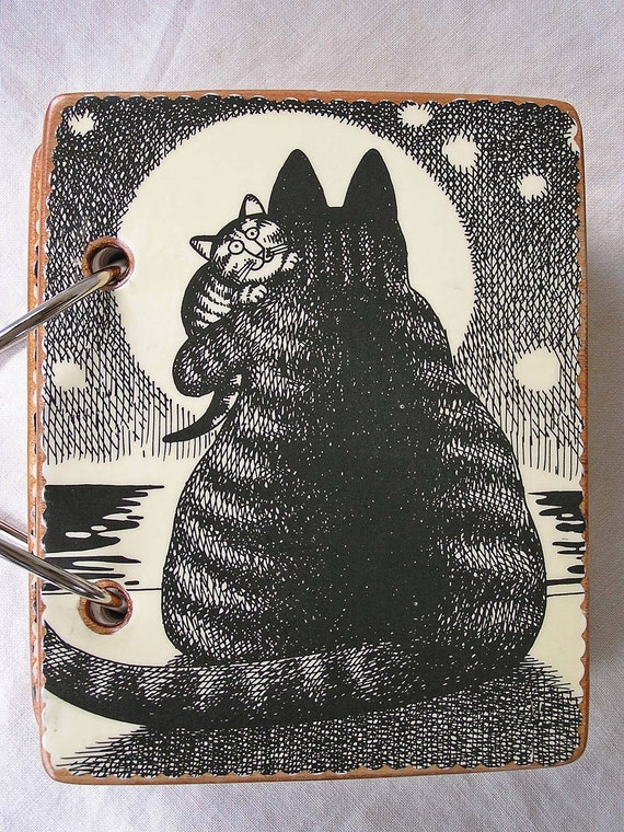 Mama Cat with Baby wooden book