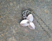 Chainmaille Hair Stick: Trefoil Flower Silver Petals