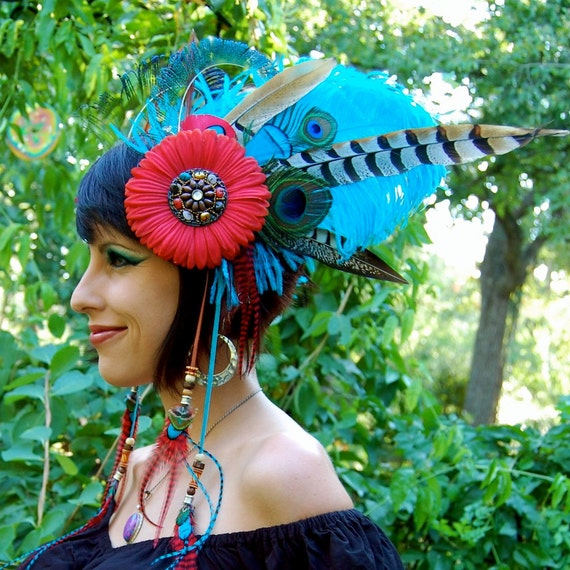 TRIBAL QUEEN Feather Headdress