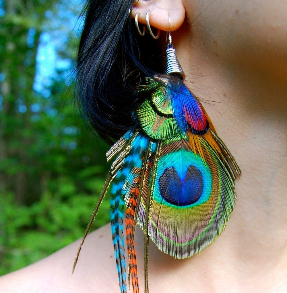 Feather Jewelry: BOHEMIAN GROOVE Peacock Earrings