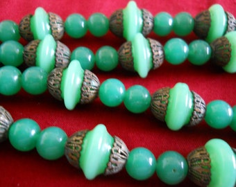 RITE of PASSAGE Jade Green Orientalia Traditional Chinese Peking Glass Bead Strand Necklace