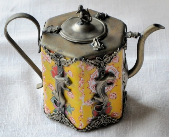 Amazing Whimsical Peranakan Teapot with Monkey, Frogs, Panthers, and Butterflies
