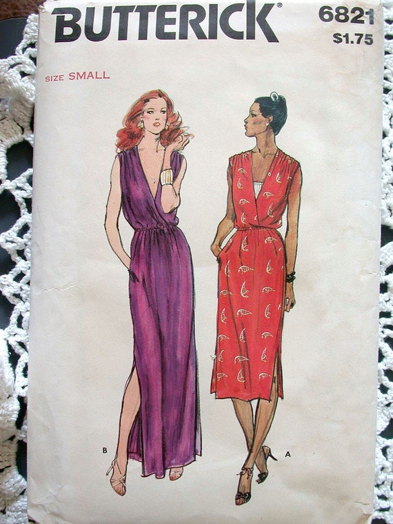 "Butterick Dress Pattern No 6821 Vintage 1970s SIze Small  S 8 10 Bust 31 1/2"" 32 1/2"" Loose Fitting Sleeveless V Neckline Side Slits Easy"