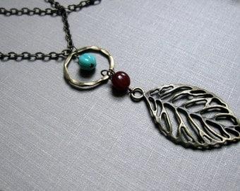 SHOP FAVORITE - Long Leaf and Loop Necklace