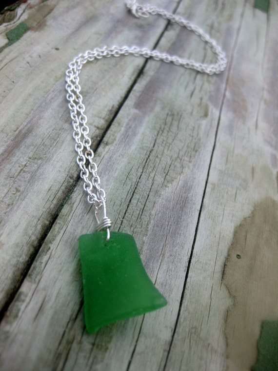 Hawaiian Emerald Green Naturally Curved Rectangle Beach Glass Wire-Wrapped Pendant Necklace