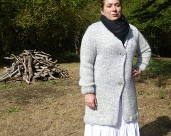 Vintage hand knitted Grey Sweater Coat / Handmade  / size large