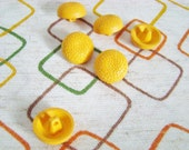 """Vintage Buttons-3/4""""Round-Mustard-Yellow"""