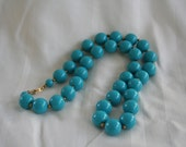 Vintage Beaded Necklace in Blue