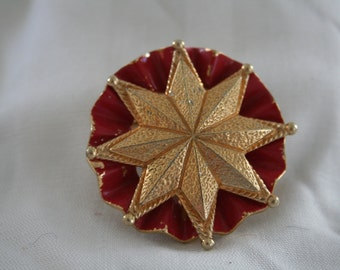Shabby Chic Vintage Red Enamel and GOld Castlecliff Brooch