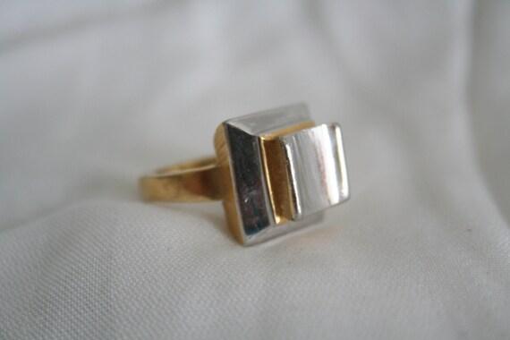 Unique Designer Gold and Silver Tone Ring Signed Trifari