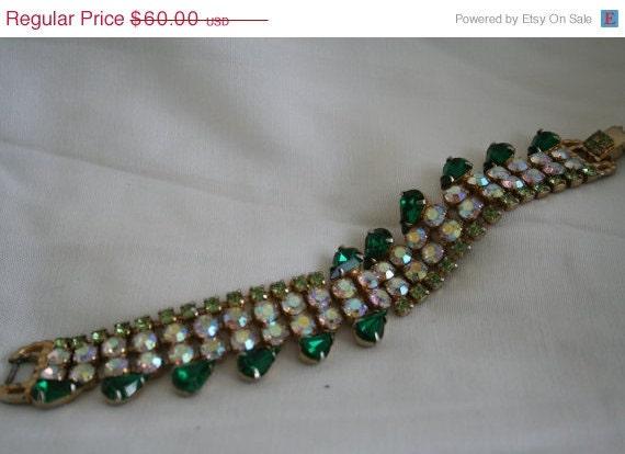SALE Vintage Rhinestone Bracelet