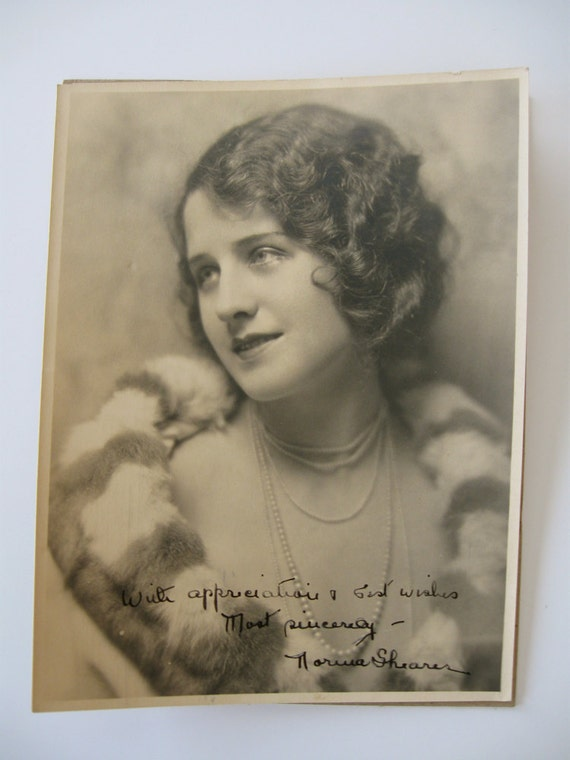 Norma Shearer very early 1920s MGM publicity photo, original, autographed with its original mailing envelope