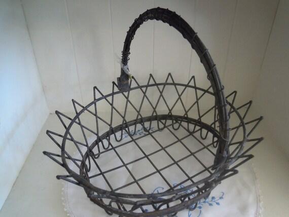 vintage metal wire basket - patina farmland chic