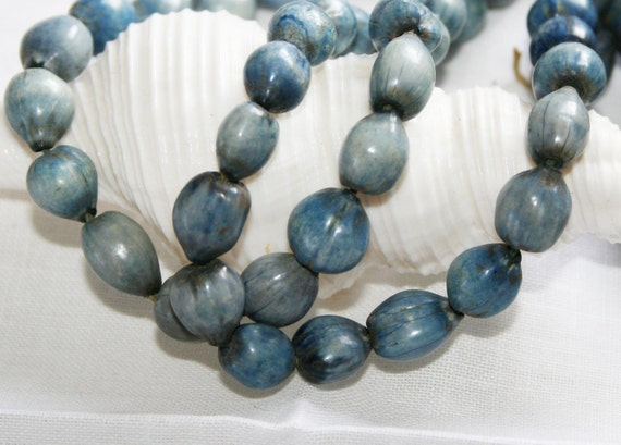 9 x 8mm Vintage Seed Pod Beads . dyed Denim Blue . 87 beads
